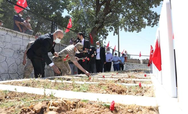 PKK'nin katlettiği 30 köylü mezarları başında anıldı