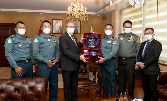 Mersin Valisi Su, Endonezya Ankara Büyükelçiliği Askeri Ataşesini kabul etti
