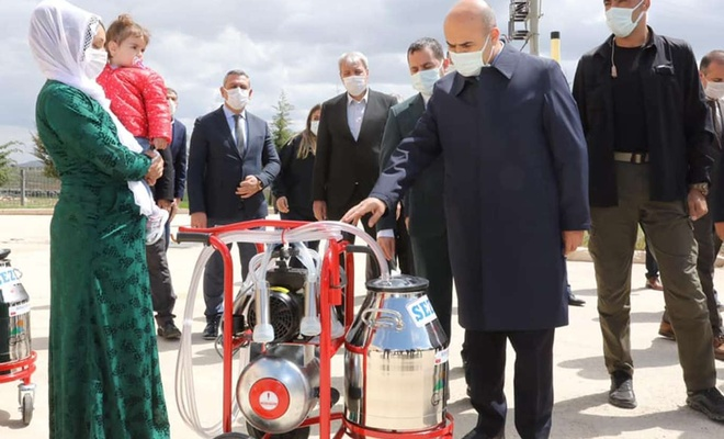 Mardin'de 179 besiciye süt sağım makinesi dağıtıldı