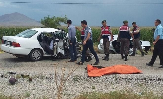 Meydana gelen kazada 6 ölü, 4 yaralı