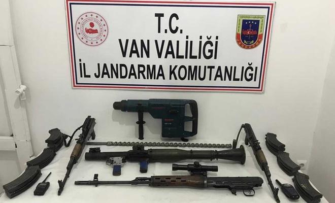 PKK'ye ait çok sayıda silah ve mühimmat ele geçirildi