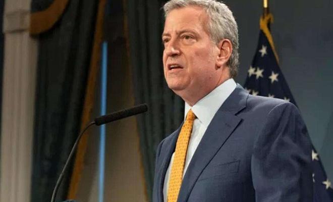New York Belediye Başkanı Blasio 1 Temmuz'dan itibaren kısıtlamaların kaldırılacağını iddia etti