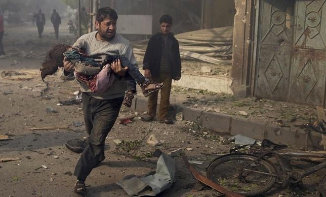 Suriye'deki iç savaşta siviller hala ölüyor