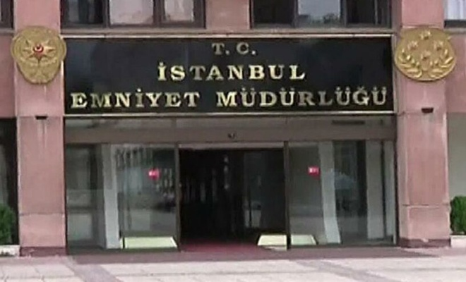 İstanbul'da internette ilan vererek dolandırıcılık yapan 7 şüpheli tutuklandı