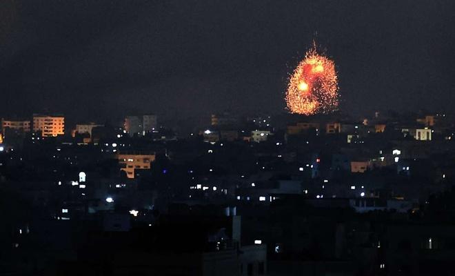 İşgal rejimi Gazze'de sivil yerleşim alanlarını bombaladı