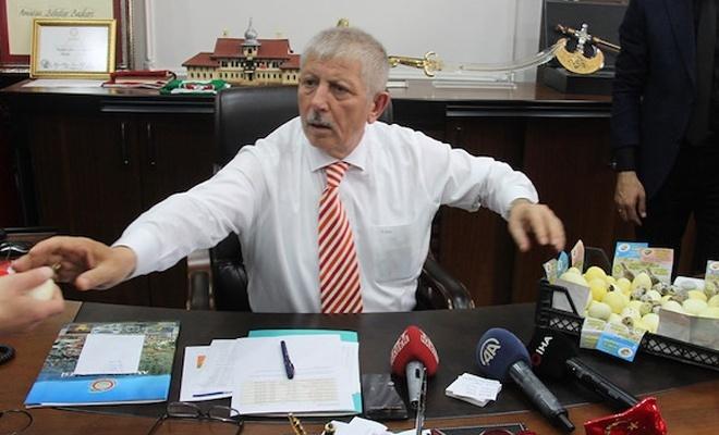Yeni başkan müdürlerin araçlarını toplattı