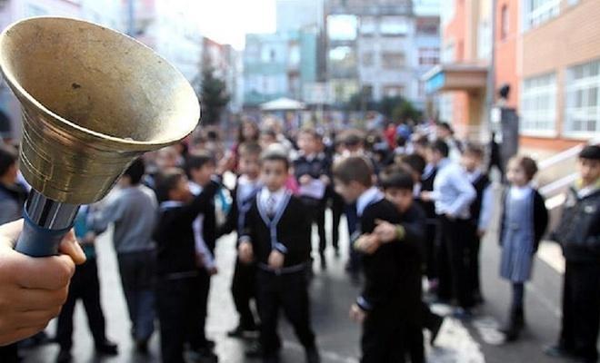 MEB açıkladı! 1 Nisan'da okullar tatil