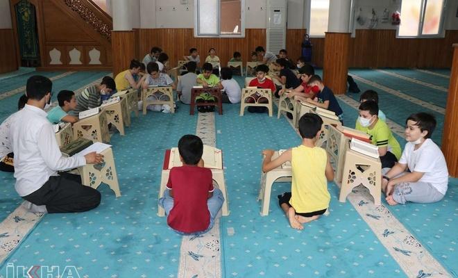 Genç imamdan çocuklara camiyi sevdiren proje