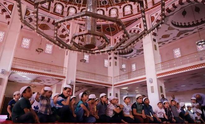 Mardin`de `Hayat Namazla Güzeldir` programı
