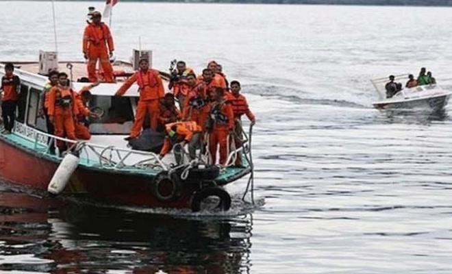 Endonezya'da tekne faciası: 10 kişi kayıp