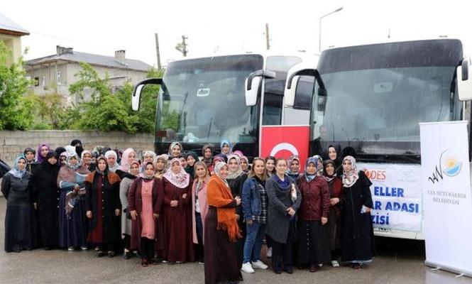 Anneler Umutlu Eller Projesi ile Mavi Tura çıktılar
