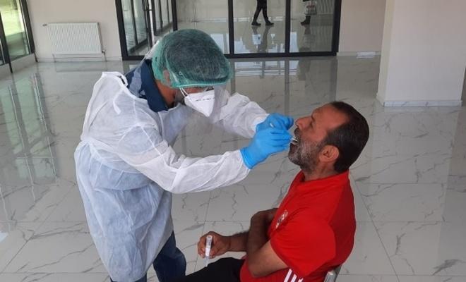 Sağlık Bakanlığı: Korona testi için belirlenenden fazla alınan ücretler iade edilecek