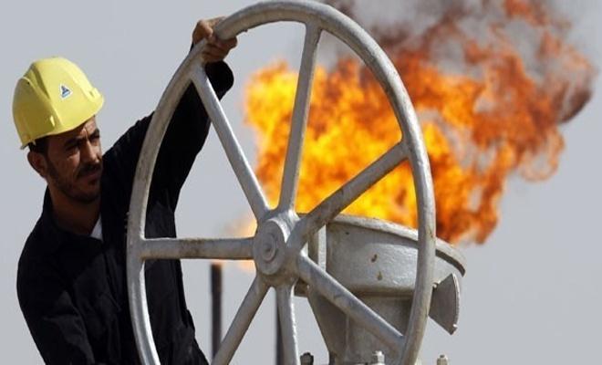 """Ankara """"Yaptırımlara katılmayacağız"""" demişti, Reuters Türkiye'nin İran'dan petrol alımını durdurduğunu bildirdi"""