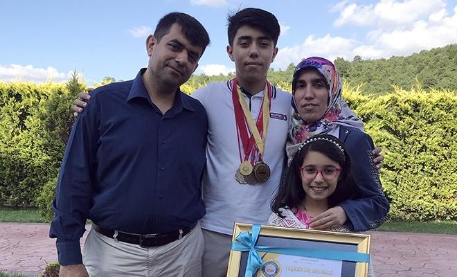 Kanseri yenip yüzmede altın madalya kazandı
