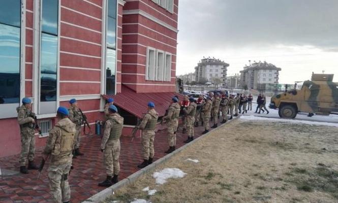 Di operasyona PKKê de 13 kes hatin girtin