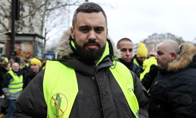 Sarı Yelekliler'in liderine 'sopa' cezası