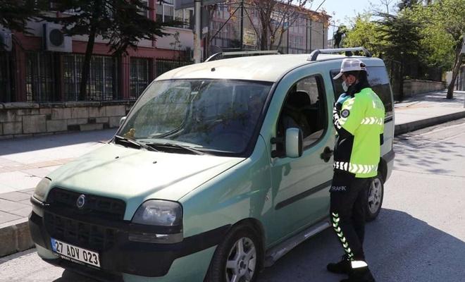 Sokağa çıkma kısıtlamasına uymayan 269 kişiye para cezası