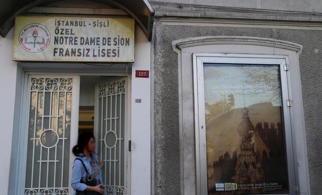 Müslümanların okullarına tahammül edemeyen Fransa'nın yurt dışında 539 okulu var