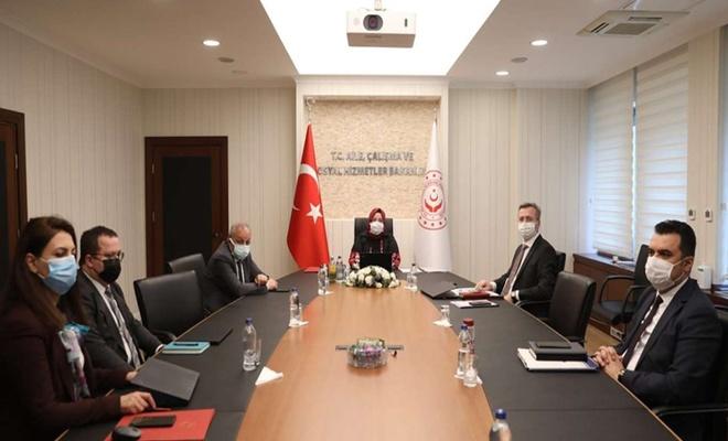 Bakan Selçuk, 81 ilin İŞKUR müdürleriyle toplantı yaptı