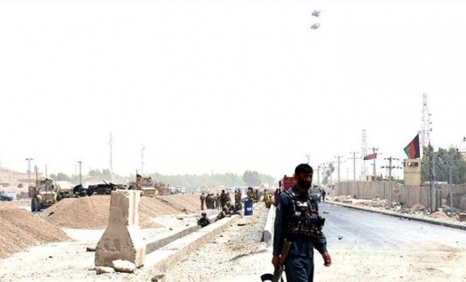 Afganistan'da askeri üsse saldırı: Üstlenen yok, 4 ölü var