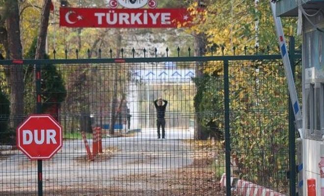 Sınır dışı edilen DEAŞ'lı tampon bölgede kaldı