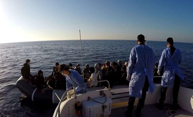 Sahil Güvenlik Komutanlığı: 53 düzensiz göçmen kurtarıldı