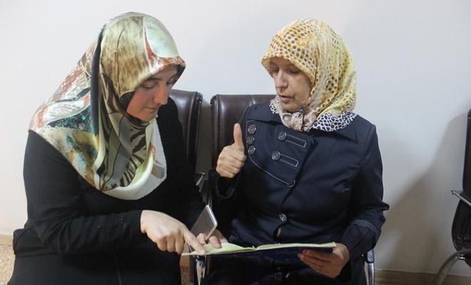 """""""Benim gibi engelli kardeşlerimi Kur'an okumaya ve öğrenmeye davet ediyorum"""""""
