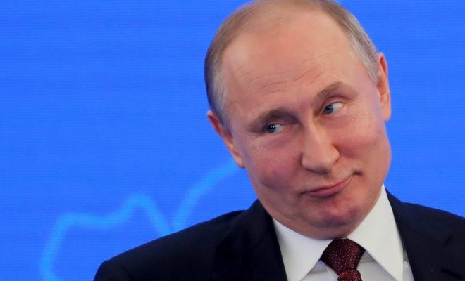 Putin düşüşe geçti