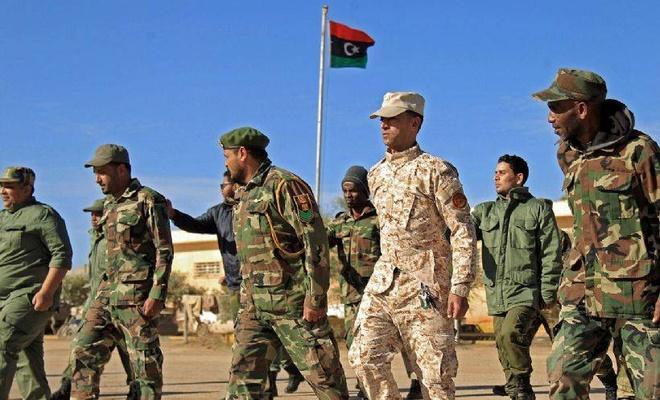 Libya ordusu: Mısır'dan gelen iki uçak silah yüklü