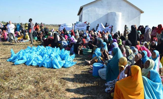 Tanzanya'da ihtiyaç sahiplerine kurban eti dağıtıldı