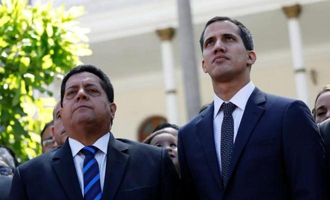 Venezuela'da Guaido kendini parlamento başkanı ilan etti