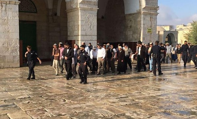 Hamas: Mescid-i Aksa`ya baskınların artması Amerikan planlarıyla uyumlu