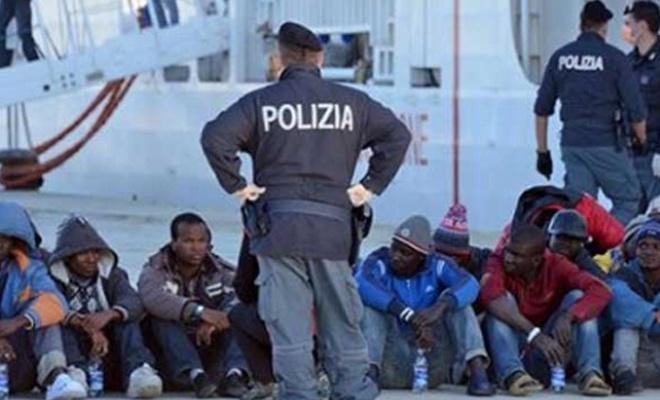 İtalya: Artık Avrupa'nın göçmen kampı olmayacağız