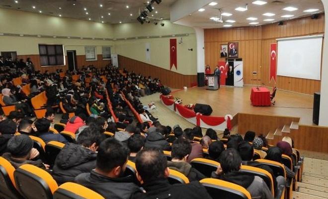 """""""Bulaşıcı Hastalıklar ve Dünya AIDS Günü"""" konulu konferans düzenlendi"""
