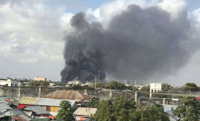 At least 20 people killed in suicide attack in Somalia's capital