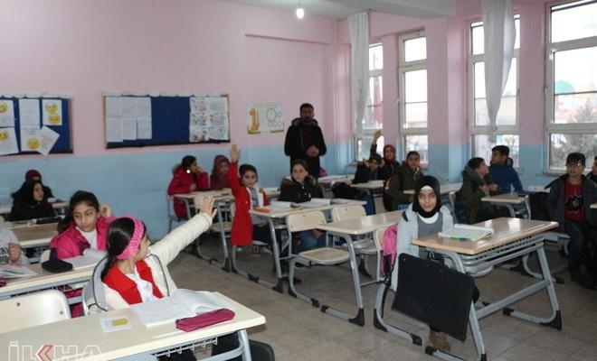 Okullarda ikinci dönem için ders zili bugün çaldı.