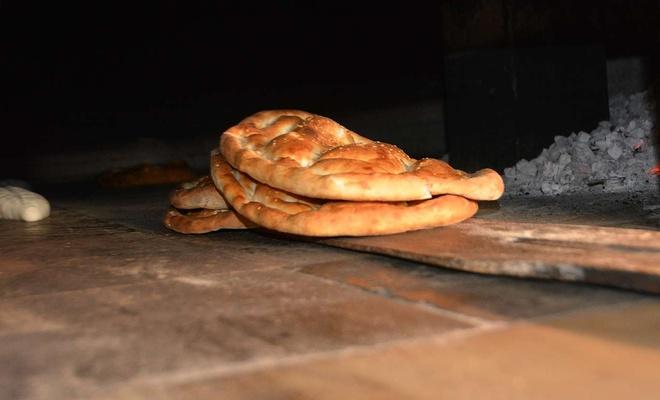 Yağ ve un fiyatlarındaki artış ekmek gramajını düşürdü