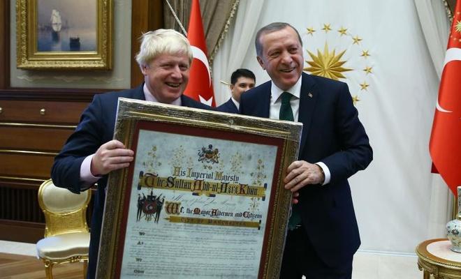 Erdoğan İngiltere Başbakanı Johnson ile görüştü