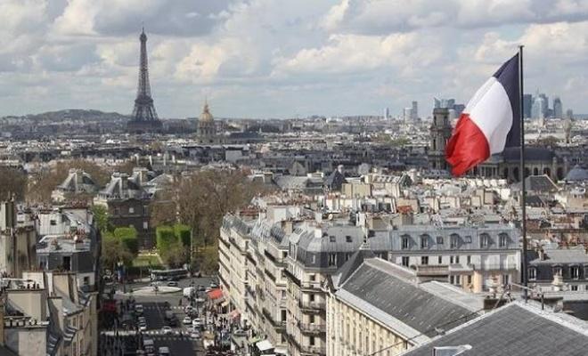 Fransa'da Danıştay, toplu ibadet kısıtlamasının değiştirilmesini istedi