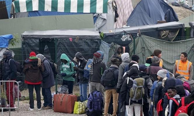 Fransa`nın göç politikası çıkmazda
