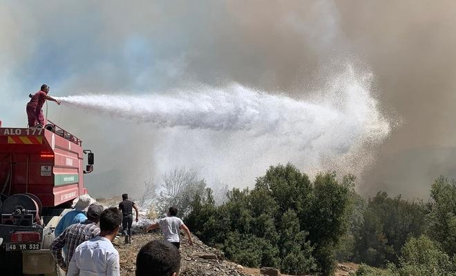 Muğla'da makilik  alanda çıkan yangınla ilgili  3 kişi tutuklandı