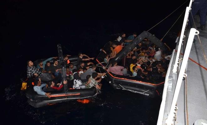Ege Denizi'nde 59 düzensiz göçmen kurtarıldı