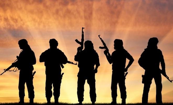 YPG/PKK, Deyrizor'da  hastane  bastı,  sağlık çalışanlarını alıkoydu