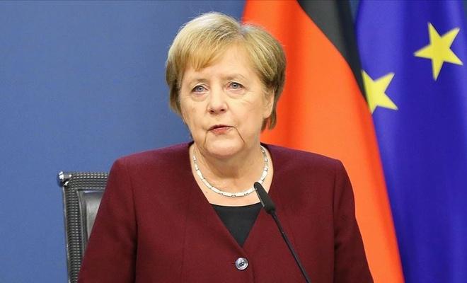 Merkel, Çin Devlet Başkanı ile görüştü