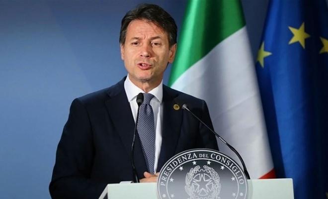 İtalya başbakanından istifa kararı!