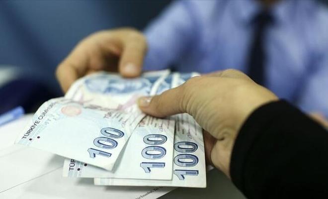 Bankada para unutanlar dikkat