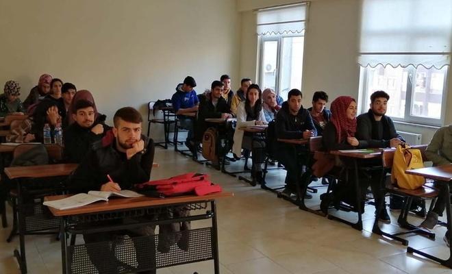 Bağlar Belediyesi eğitim kurslarından büyük başarı