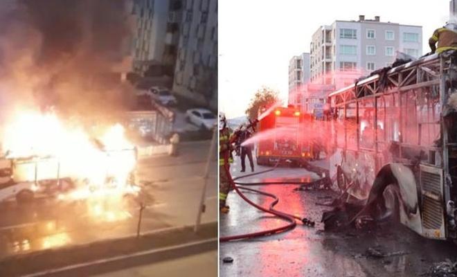 Çanakkale`de halk otobüsü yandı