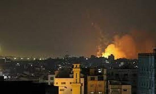 Burası Gazze: Bombalanırken Dua ettiler! (VİDEO)