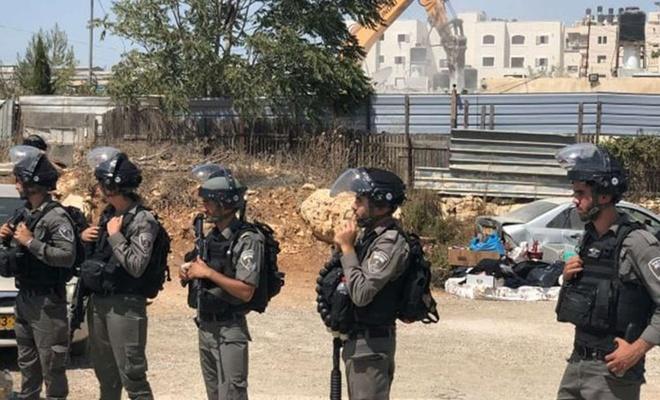 Siyonist işgal rejimi yapım aşamasındaki bir okulu yıktı